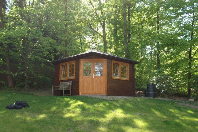 gartenhaus aus holz aufbauservice deutschlandweit. Black Bedroom Furniture Sets. Home Design Ideas